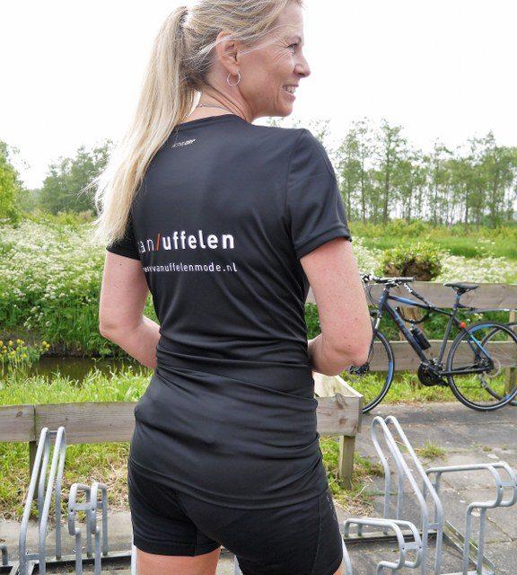 Van Uffelen Mode sponsort nieuw extra loopshirt